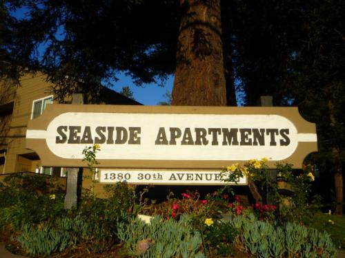 Seaside Apartments